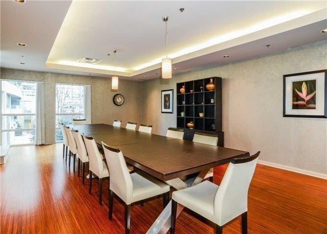 Condo Apartment at 23 Hollywood Ave, Unit 705, Toronto, Ontario. Image 13