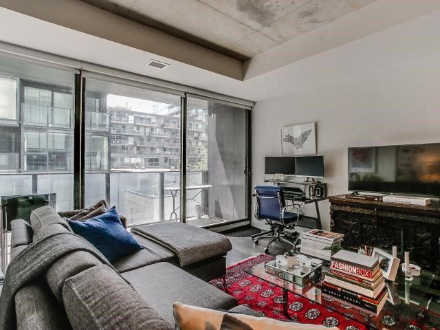 Condo Apartment at 629 King St W, Unit 410, Toronto, Ontario. Image 12