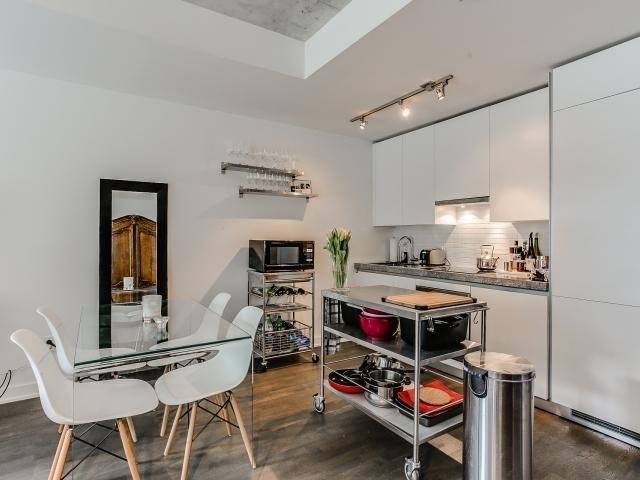 Condo Apartment at 629 King St W, Unit 410, Toronto, Ontario. Image 17