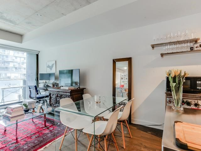 Condo Apartment at 629 King St W, Unit 410, Toronto, Ontario. Image 18
