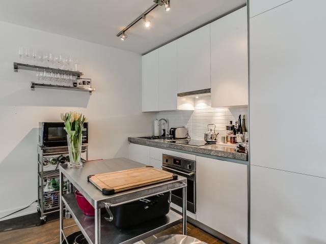 Condo Apartment at 629 King St W, Unit 410, Toronto, Ontario. Image 19