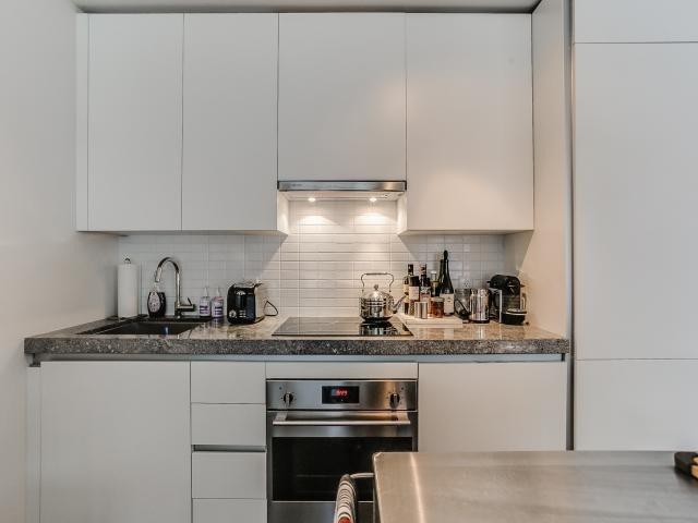 Condo Apartment at 629 King St W, Unit 410, Toronto, Ontario. Image 4