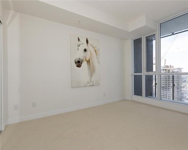 Condo Apartment at 295 Adelaide St W, Unit 4103, Toronto, Ontario. Image 16
