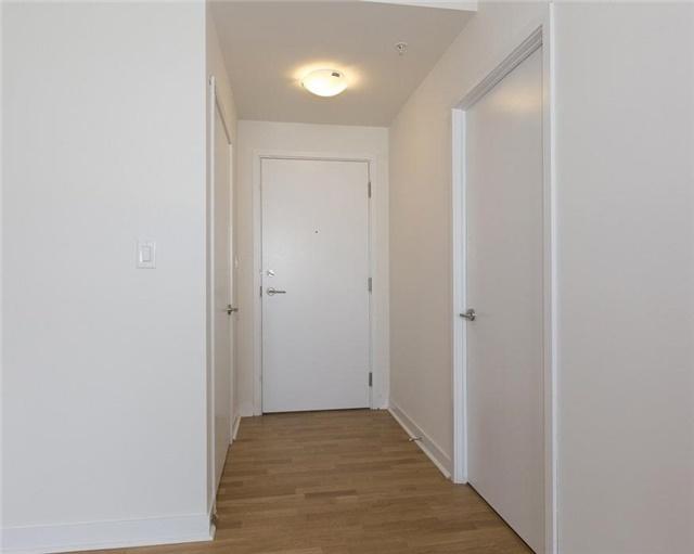 Condo Apartment at 295 Adelaide St W, Unit 4103, Toronto, Ontario. Image 19