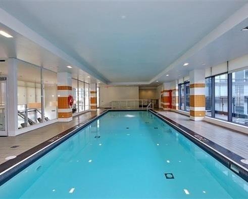 Condo Apartment at 295 Adelaide St W, Unit 4103, Toronto, Ontario. Image 8
