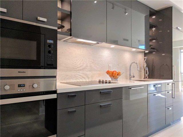 Condo Apartment at 32 Davenport Rd, Unit 1905, Toronto, Ontario. Image 14
