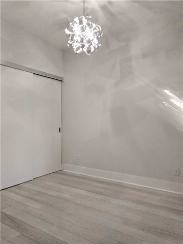 Condo Apartment at 32 Davenport Rd, Unit 1905, Toronto, Ontario. Image 16