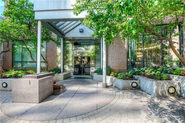 Condo Apartment at 7 Carlton St, Unit 406, Toronto, Ontario. Image 1