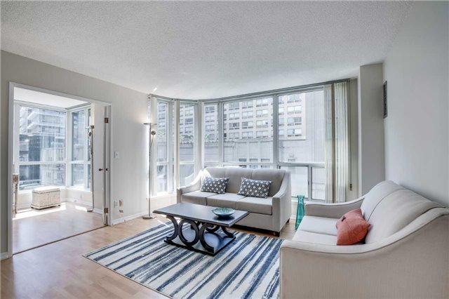 Condo Apartment at 7 Carlton St, Unit 406, Toronto, Ontario. Image 15