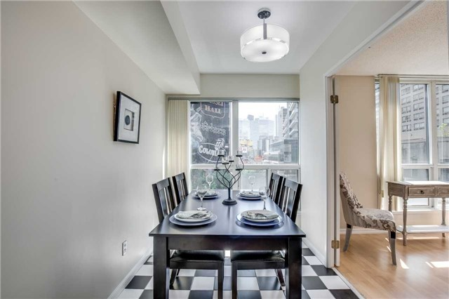 Condo Apartment at 7 Carlton St, Unit 406, Toronto, Ontario. Image 2