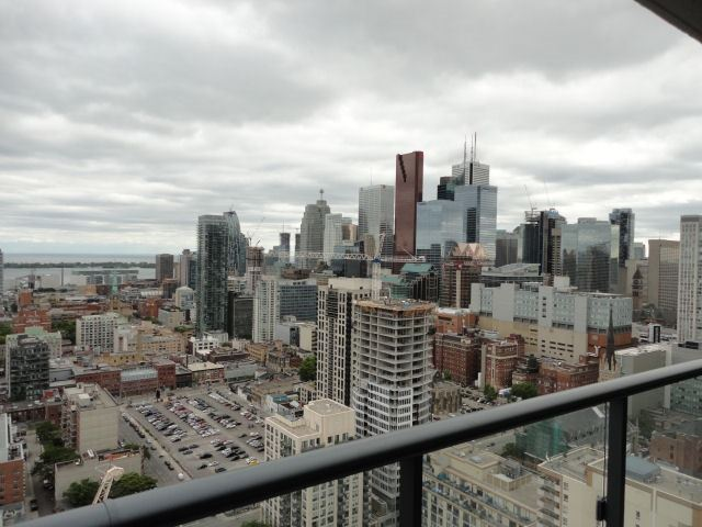 Condo Apartment at 159 Dundas St E, Unit 3104, Toronto, Ontario. Image 7