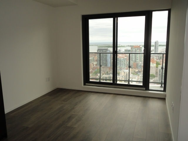 Condo Apartment at 159 Dundas St E, Unit 3104, Toronto, Ontario. Image 9