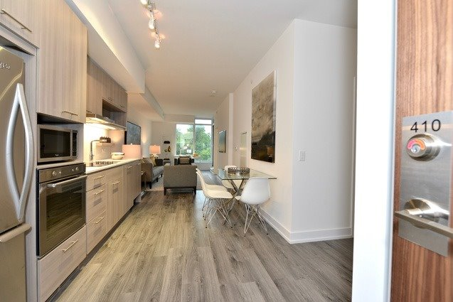 Condo Apartment at 170 Chiltern Hill Rd, Unit 410, Toronto, Ontario. Image 14