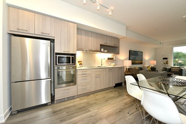 Condo Apartment at 170 Chiltern Hill Rd, Unit 410, Toronto, Ontario. Image 15