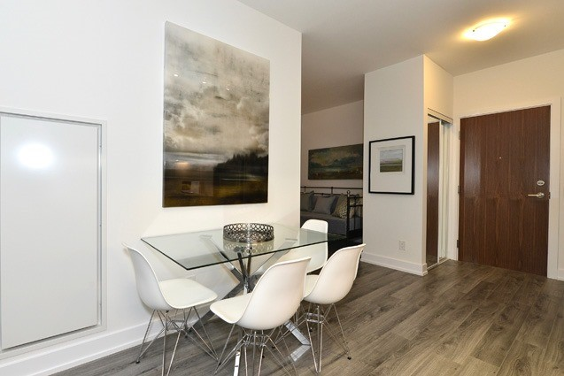 Condo Apartment at 170 Chiltern Hill Rd, Unit 410, Toronto, Ontario. Image 17