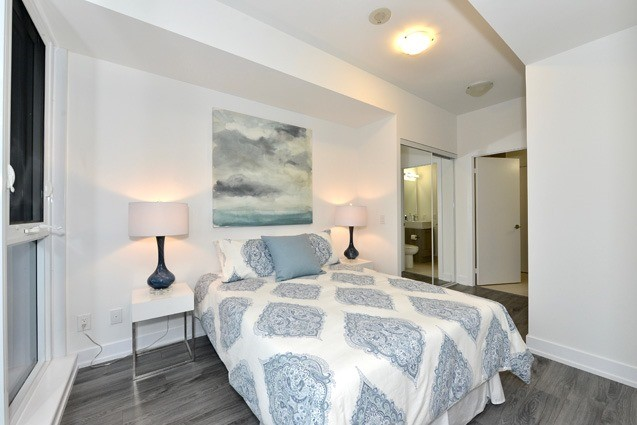 Condo Apartment at 170 Chiltern Hill Rd, Unit 410, Toronto, Ontario. Image 5