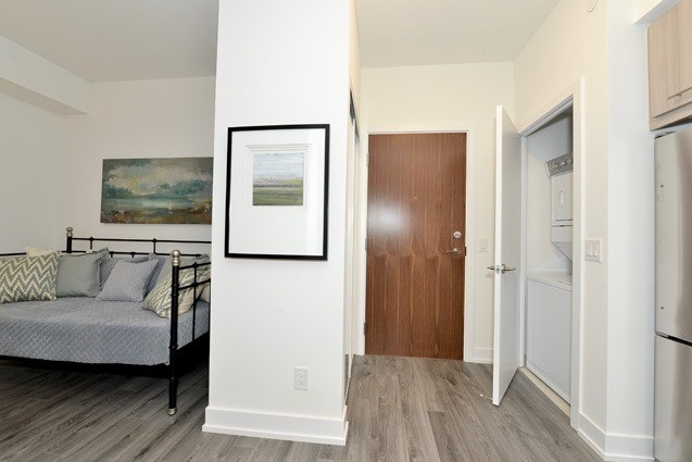 Condo Apartment at 170 Chiltern Hill Rd, Unit 410, Toronto, Ontario. Image 9
