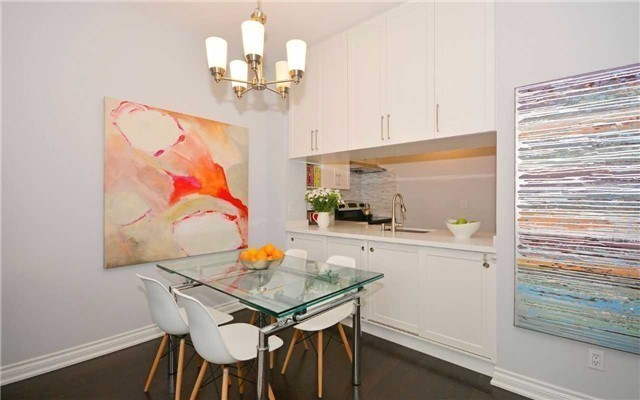 Condo Apartment at 7 King St E, Unit 1806, Toronto, Ontario. Image 16