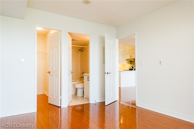 Condo Apartment at 23 Hollywood Ave, Unit 3106, Toronto, Ontario. Image 20