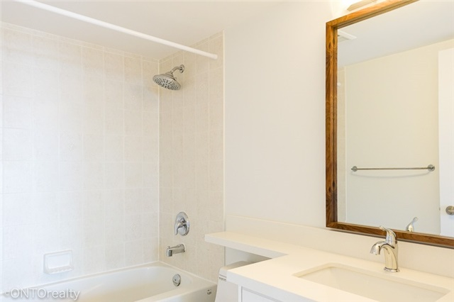 Condo Apartment at 23 Hollywood Ave, Unit 3106, Toronto, Ontario. Image 2