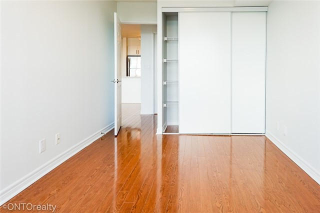 Condo Apartment at 23 Hollywood Ave, Unit 3106, Toronto, Ontario. Image 5