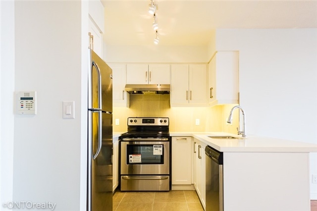 Condo Apartment at 23 Hollywood Ave, Unit 3106, Toronto, Ontario. Image 13