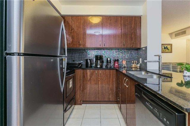 Condo Apartment at 5793 Yonge St, Unit 705, Toronto, Ontario. Image 11