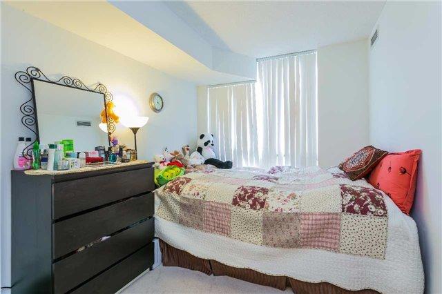 Condo Apartment at 5793 Yonge St, Unit 705, Toronto, Ontario. Image 3