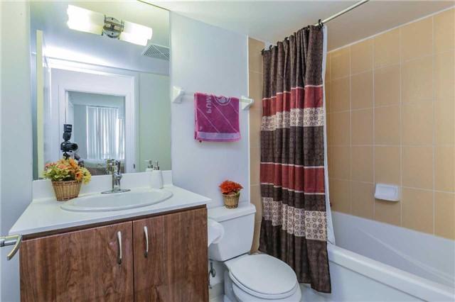 Condo Apartment at 5793 Yonge St, Unit 705, Toronto, Ontario. Image 4