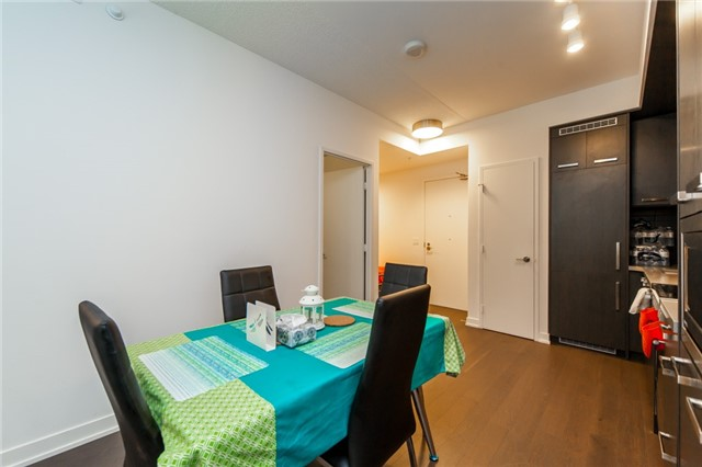 Condo Apartment at 455 Front St E, Unit S202, Toronto, Ontario. Image 19