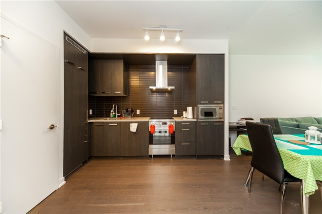 Condo Apartment at 455 Front St E, Unit S202, Toronto, Ontario. Image 2