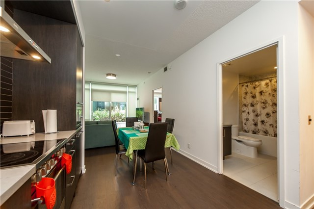 Condo Apartment at 455 Front St E, Unit S202, Toronto, Ontario. Image 5