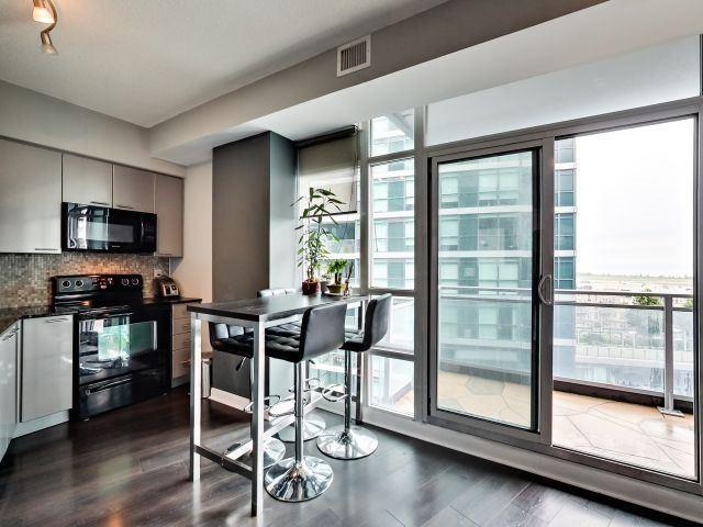 Condo Apartment at 15 Bruyeres Mews, Unit 1404, Toronto, Ontario. Image 12