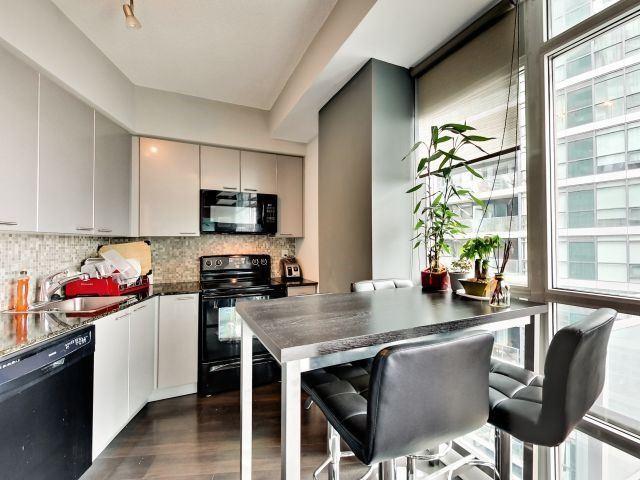 Condo Apartment at 15 Bruyeres Mews, Unit 1404, Toronto, Ontario. Image 13
