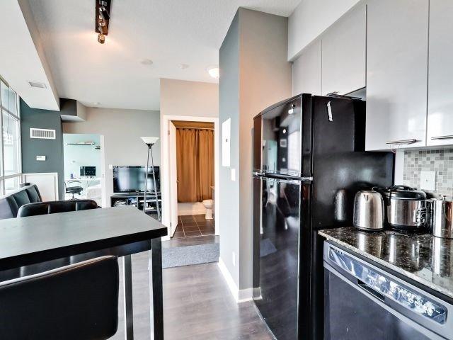 Condo Apartment at 15 Bruyeres Mews, Unit 1404, Toronto, Ontario. Image 14