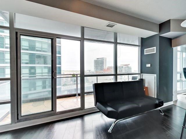 Condo Apartment at 15 Bruyeres Mews, Unit 1404, Toronto, Ontario. Image 15