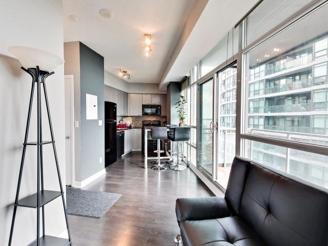 Condo Apartment at 15 Bruyeres Mews, Unit 1404, Toronto, Ontario. Image 18