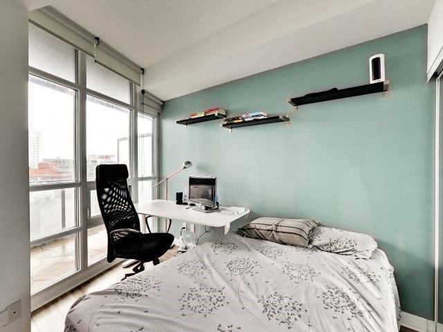 Condo Apartment at 15 Bruyeres Mews, Unit 1404, Toronto, Ontario. Image 2