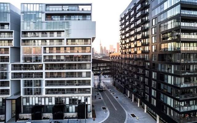Condo Apartment at 10 Lawren Harris Sq, Unit 1008, Toronto, Ontario. Image 7