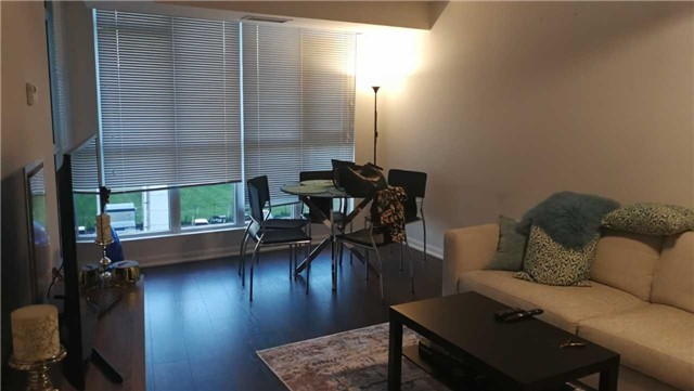 Condo Apartment at 35 Bastion St, Unit 819, Toronto, Ontario. Image 5