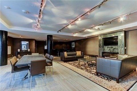 Condo Apartment at 35 Bastion St, Unit 819, Toronto, Ontario. Image 11