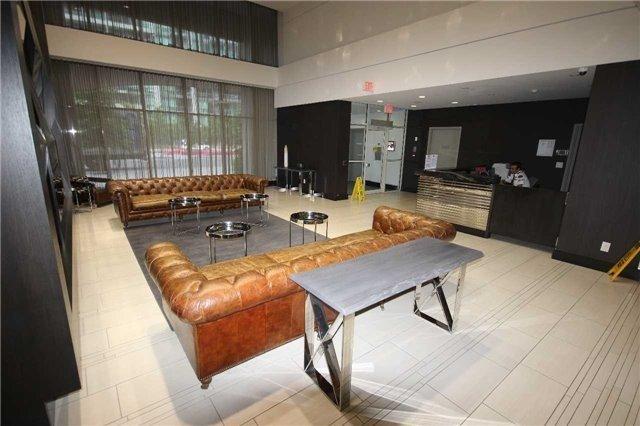 Condo Apartment at 35 Bastion St, Unit 819, Toronto, Ontario. Image 12