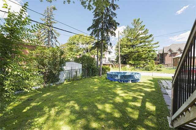 Detached at 504 Glengarry Ave, Toronto, Ontario. Image 13