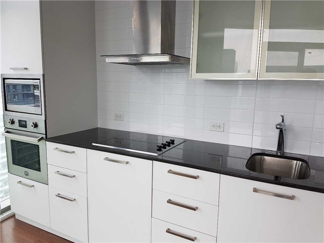 Condo Apartment at 14 York St, Unit 3711, Toronto, Ontario. Image 19