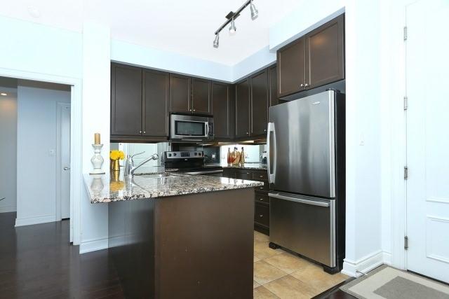 Condo Apartment at 10 Bloorview Pl, Unit 1014, Toronto, Ontario. Image 18