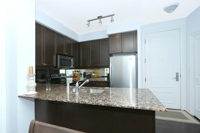Condo Apartment at 10 Bloorview Pl, Unit 1014, Toronto, Ontario. Image 19