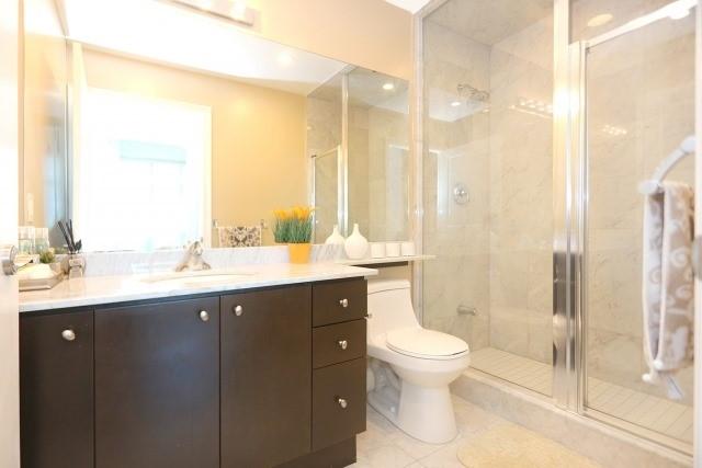 Condo Apartment at 10 Bloorview Pl, Unit 1014, Toronto, Ontario. Image 5