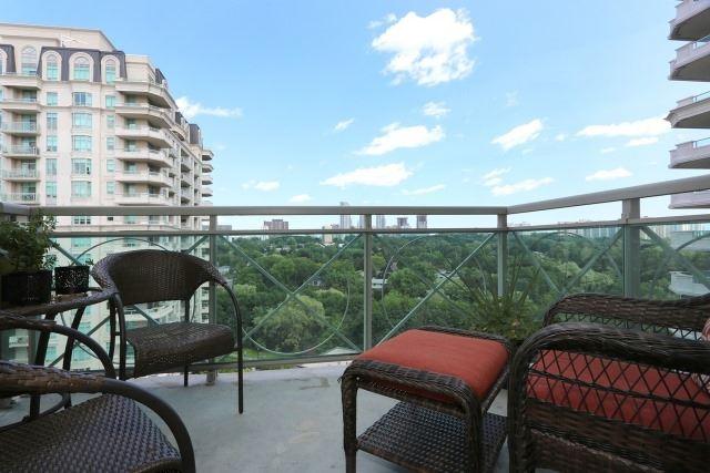 Condo Apartment at 10 Bloorview Pl, Unit 1014, Toronto, Ontario. Image 7