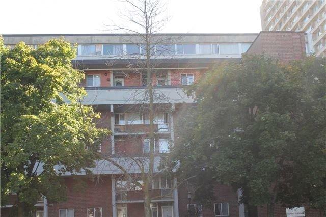 Condo Townhouse at 5 Sunny Glenway, Unit 115, Toronto, Ontario. Image 1