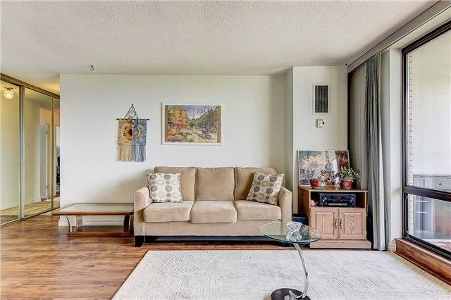 Condo Apartment at 350 Seneca Hill Dr, Unit #1210, Toronto, Ontario. Image 17